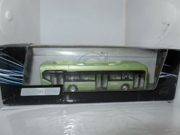 Motorart 300008 1:87 HO Scale Volvo VOLVO 7900 Hybrid Bus Light Metallic Green